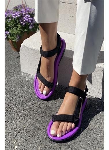 İnan Ayakkabı KADIN SANDALET Siyah